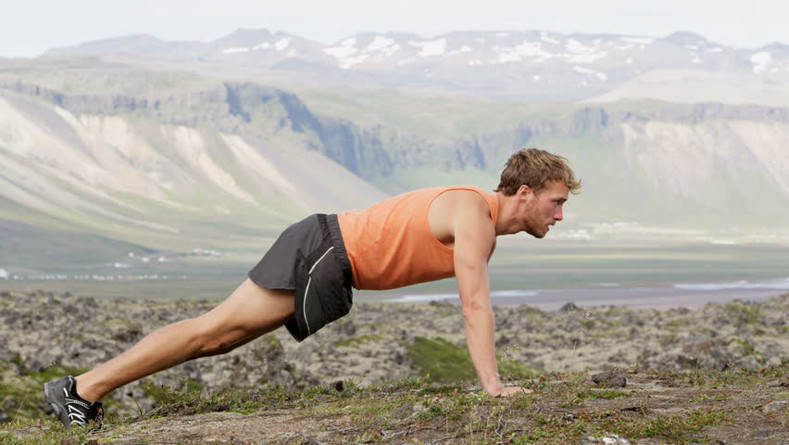 The 15-Minute Calisthenics Workout You Can Do Anywhere - Ergogenics
