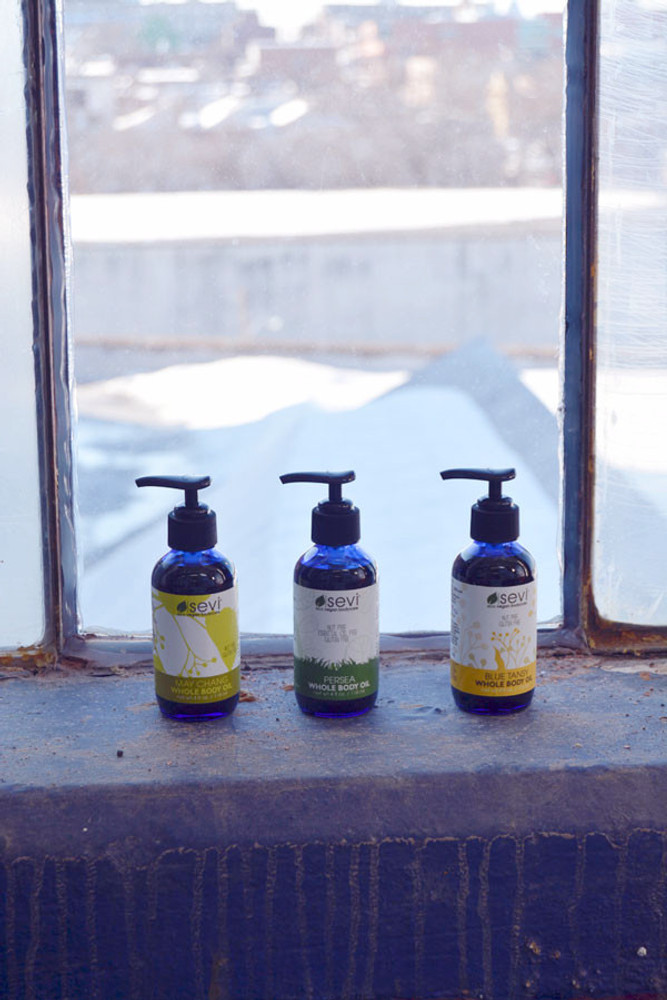 Blue Tansy Wholebody Oil