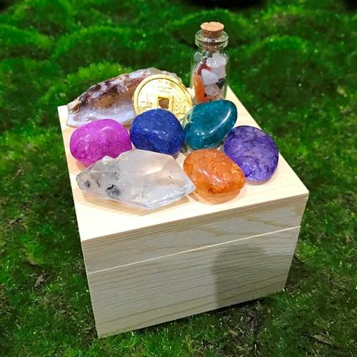 Treasure Crystal Collection Box
