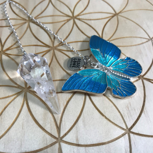 Quartz and Butterfly Pendulum