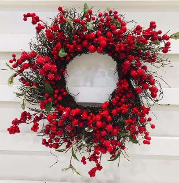 JHF1810-065 LFG35163 Twig Wreath with Red Berries 24in.