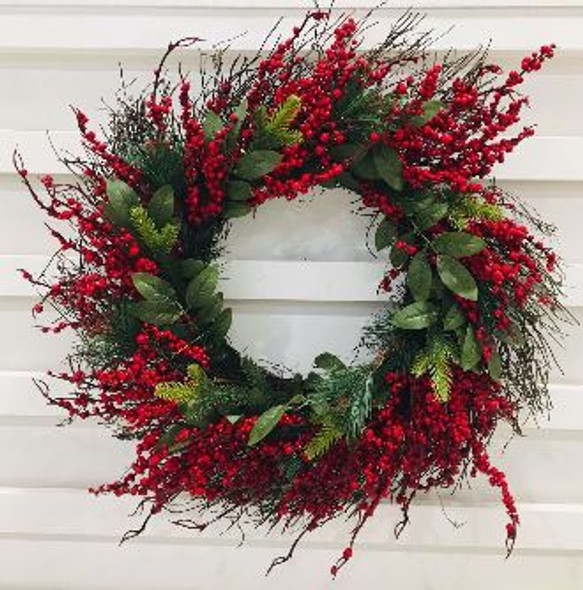 JHF1810-082 LFG3412P-24 Wreath with Small Berries and Natural Twigs