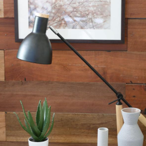 TLA2086 Wood/Metal Table Lamp 16X60 CM