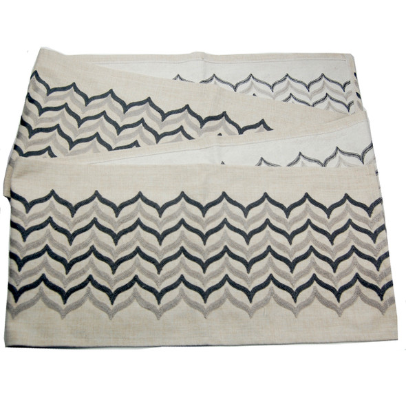 8-10 SEATERS BLACK WEAVE EMBRO TABLE RUNNER