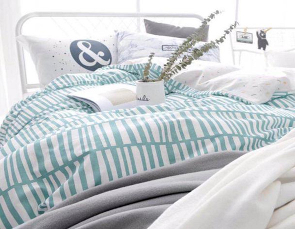 Linens N Things Twin Green Stripes 3-Piece Bedsheet