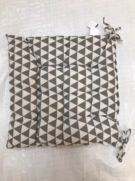 """16""""X16"""" GREY TRIANGLE SQUARE CHAIRPAD"""