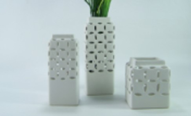 Ceramic Vase Square Mesh Design