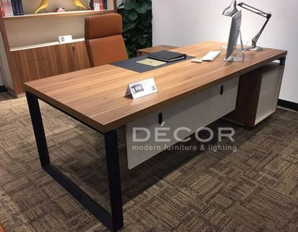 Enchep 702 Office Table