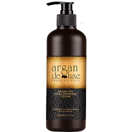 Argan Deluxe Professional Curl defining Cream applies the latest Curl Memory Technology which softens the hair fiber, detangles and fights against heat and humidity damage. The argan oil conditioning agents penetrate into the inside of hair quickly, revives elasticity and health, leaving hair extremely supple and flowing. -Curl Memory Technology  -Revives Elasticity Directions: Apply proper amount to towel-dried or dry hair, focusing on mid-lengths and ends. Style as usual. 280ml