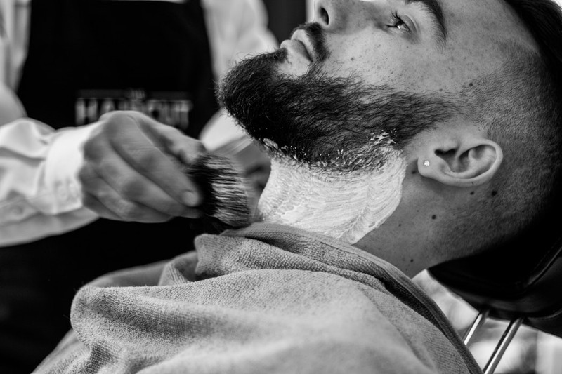 How to shave off your beard