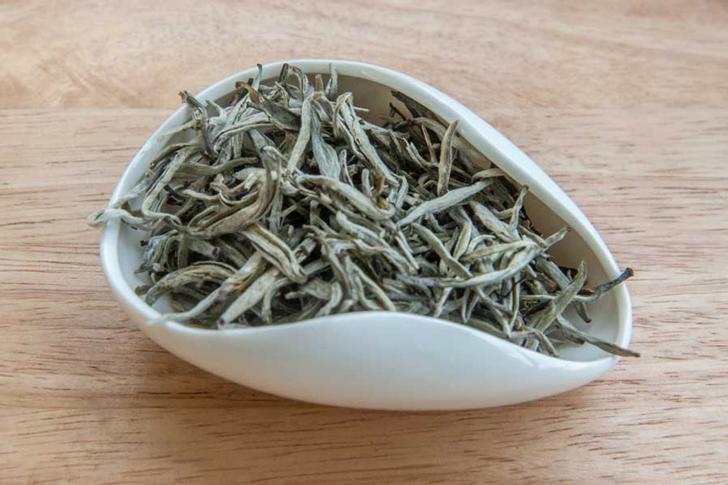 Mountain Mist White Tea, Suoi Giang, Vietnam - Dry Leaves