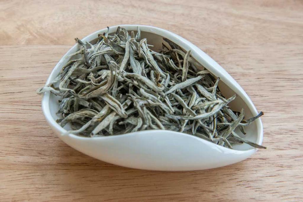 Mountain Mist White Tea, Suoi Giang, Vietnam - Dry Leaves