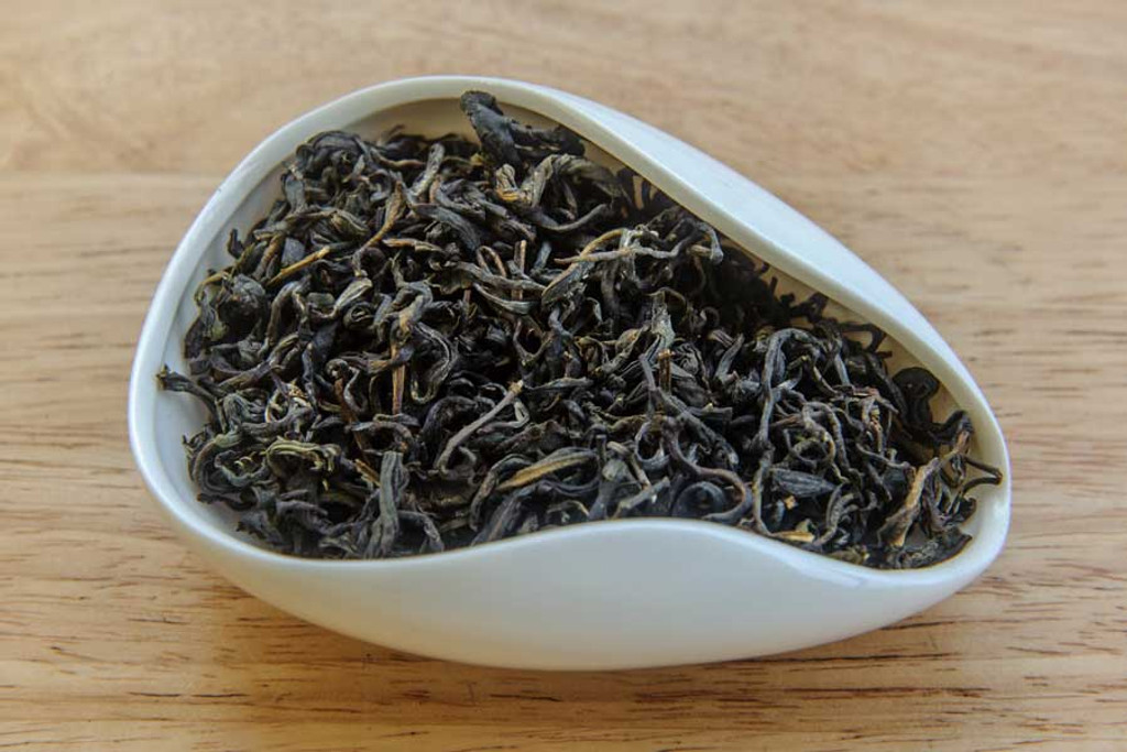 Tiny Daisy Tea Vietnam Dry Leaves