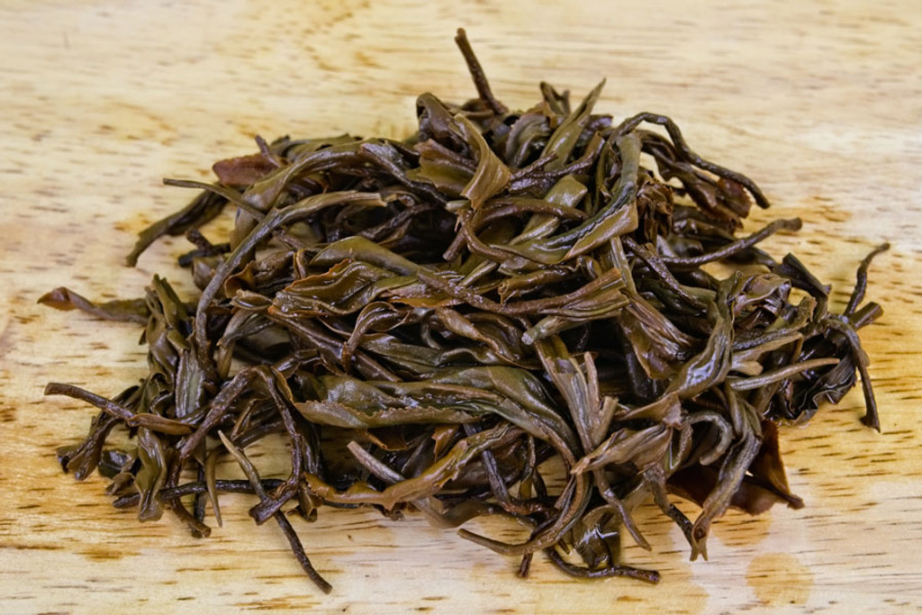 Mossy Frog Black Tea Suoi Giang Vietnam Wet Leaves