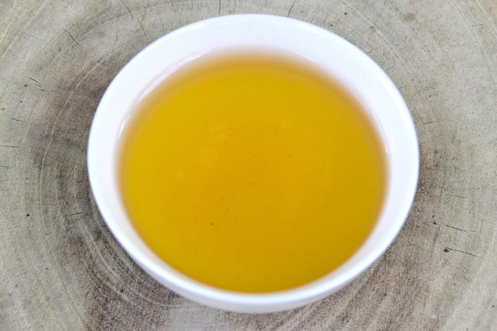 Sun Bear Oolong Tea Cup Liquor