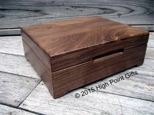 Extra large walnut keepsake box from Heirloom Box Company