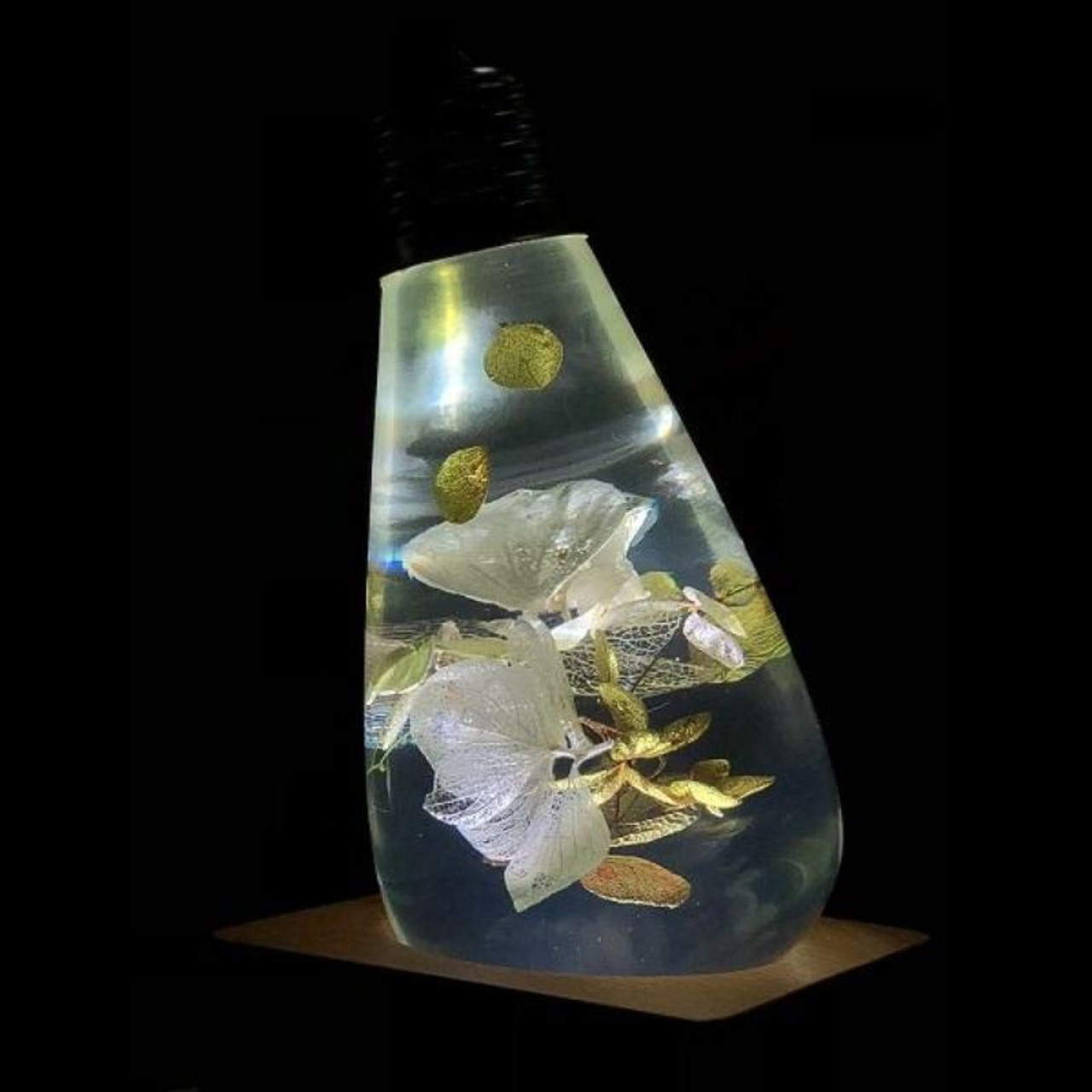 EP Light White Hydrangea Flower Bulb Art Fixture Lamp with Optional Modern or Vintage Base Stand