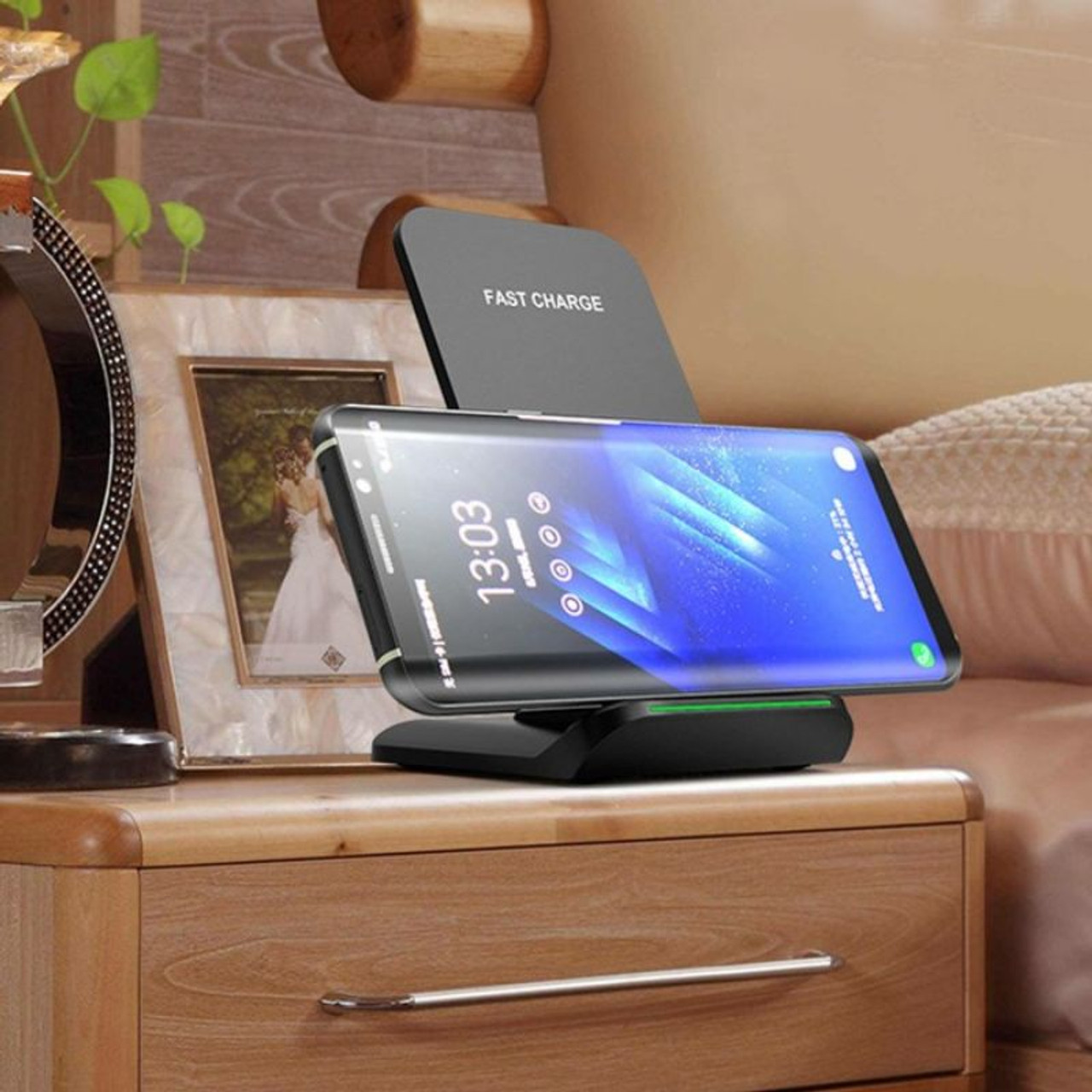 10W Wireless Fast Charger for iPhone, Samsung and all Qi Devices