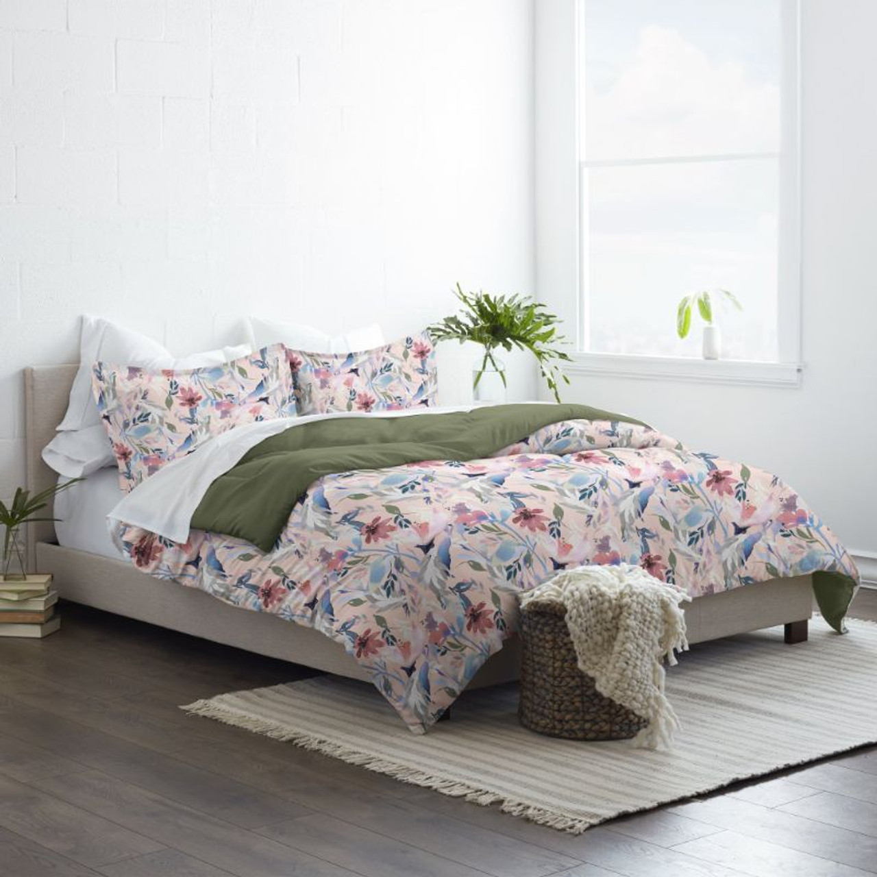 Made Supply Co. 3 Piece Reversible Comforter and Pillow Shams Bedding Set for Twin/Full/Queen