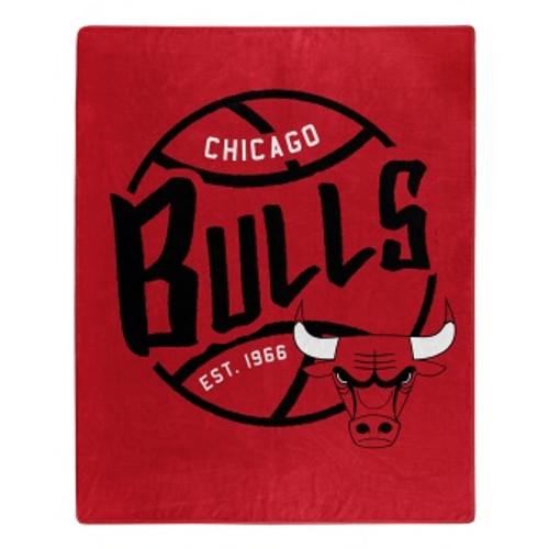 Chicago Bulls Official NBA Black Top Raschel Throw Blanket