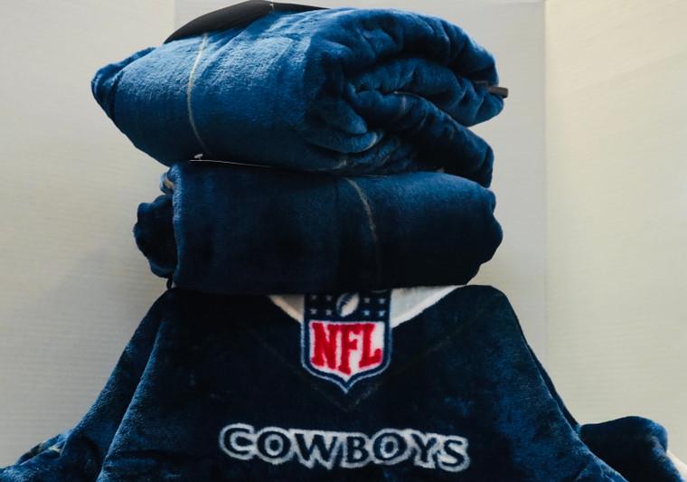 Dallas Cowboys Royal Plush Rashcel Throw Blanket