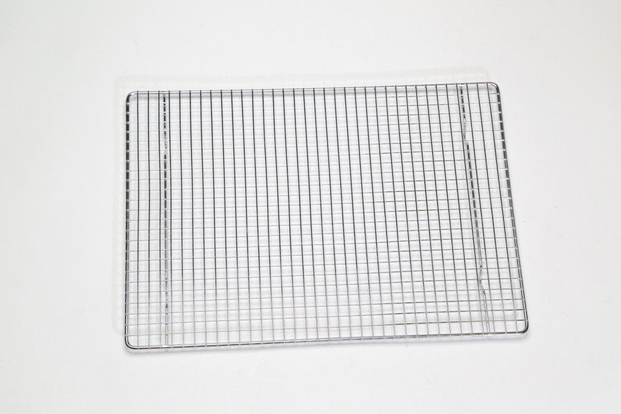 Wire rack insert for the Bull Rack System. Use one for each BR4 or BR6 drip or perforated tray.  Use two for each BR5 drip or perforated tray.