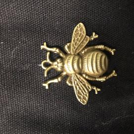 Bee Metal 4cm long