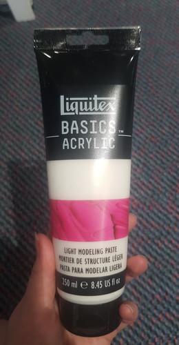 Liquitex Basics Light Modeling Paste