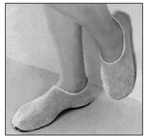 Principle Business Enterprises Pillow Paws Slippers 1