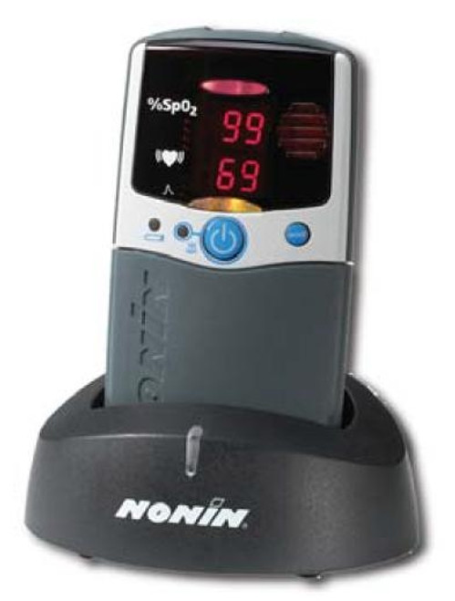 2500a hand-held oximeter with memory and alarms