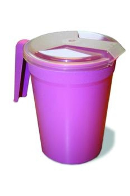 water pitcher with plastic lid