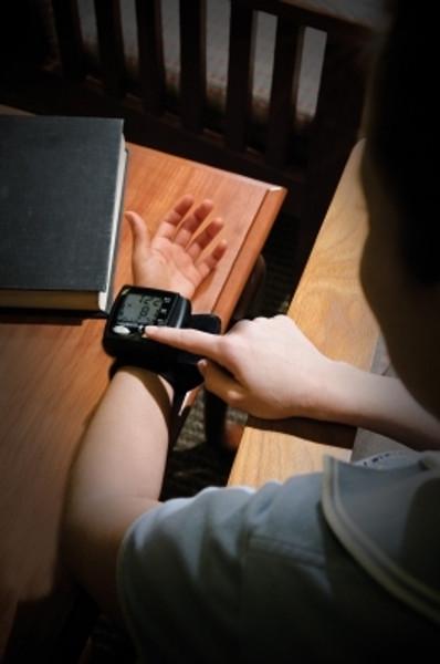 Automatic Wrist Blood Pressure Monitor, Lumiscope
