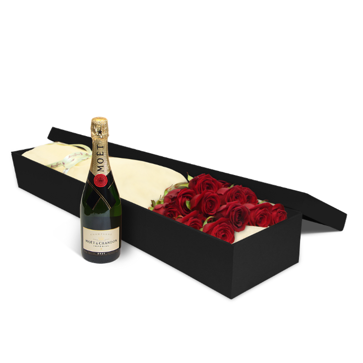 12 Red Roses with Moet