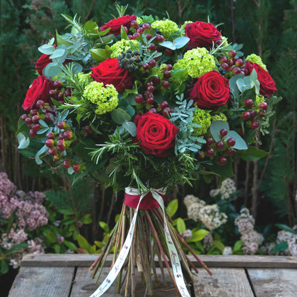 red naomi, guelder, red hypericum, rosemary, eucalyptus and berried ivy