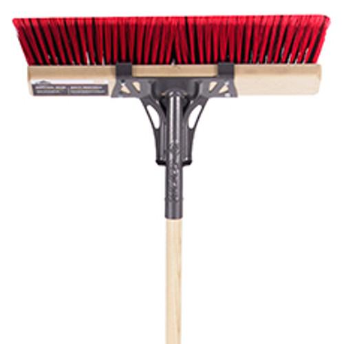 "Push broom, 18"", multi-surfaces, wood hdle, lh, Garant Pro"