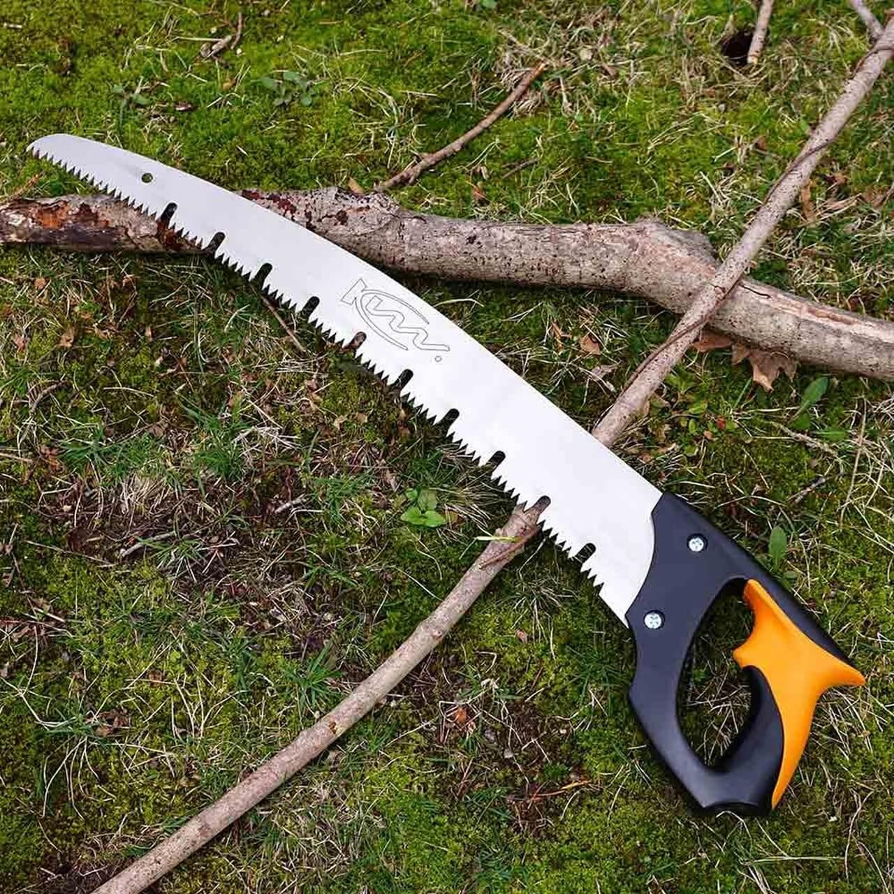 Pruning Saw with Raker Teeth