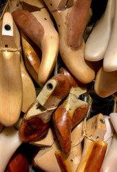 Get Shod – These Shapes She Carves, These Shoes I Crave