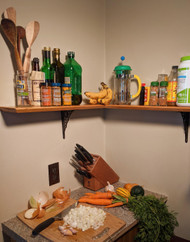 How to Install a Kitchen Shelf