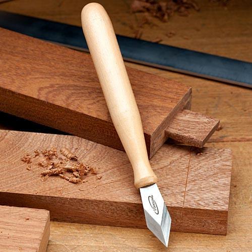 Striking Knife