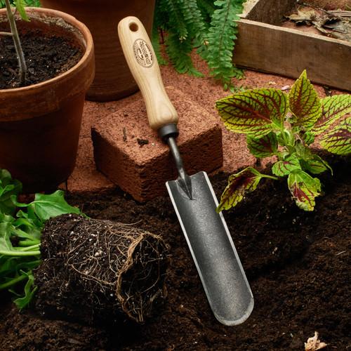 Garden Trowel for Rocky soil