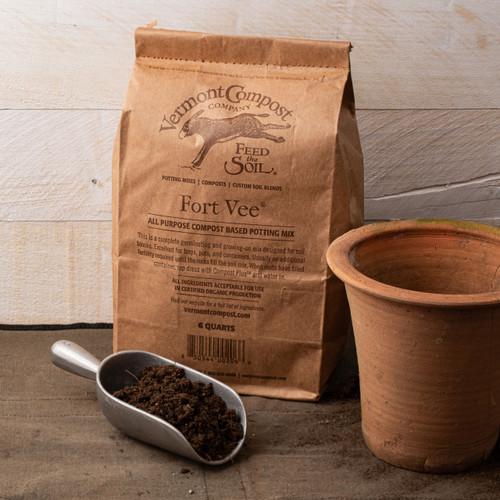 Fort Vee Potting Soil 6 quart bag