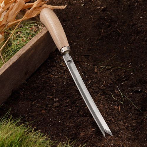 Fishtail Weeder – Dig out Weeds at the Root