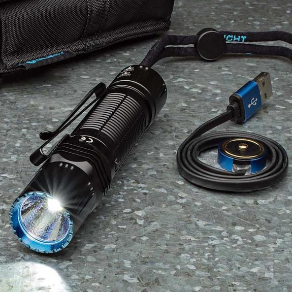 Highly Flexible Hi-Tech Tactical Flashlight