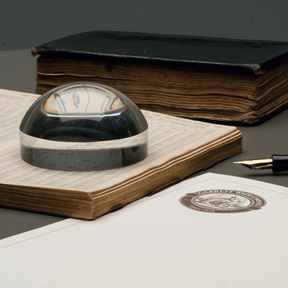 Glass Surface-Magnifier