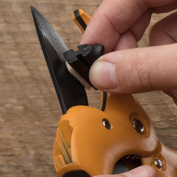 Ratcheting Hand Pruners