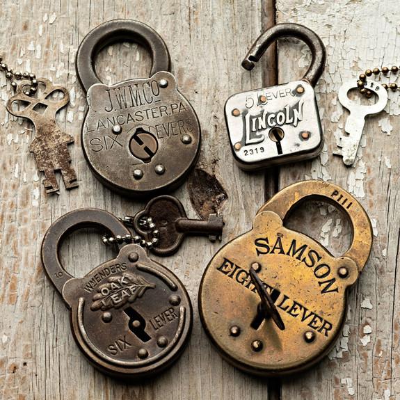 Beautiful 6-Levers Antique Locks