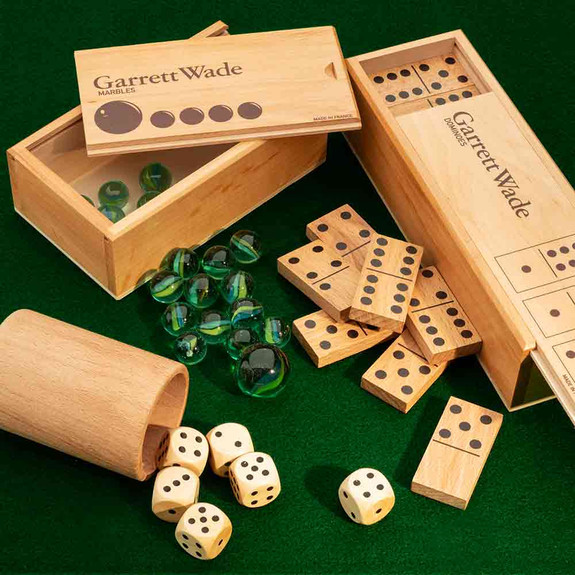 Dice Set and French Family Games