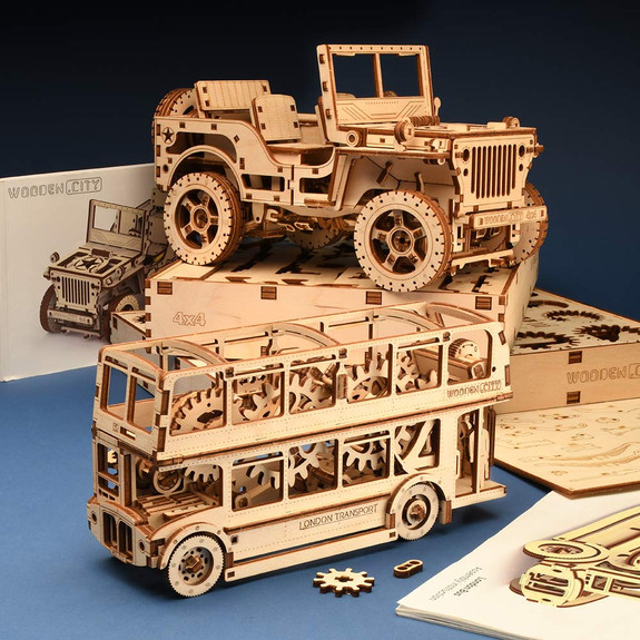 Spectacular Willys 4x4 Jeep & London Bus Wooden Models