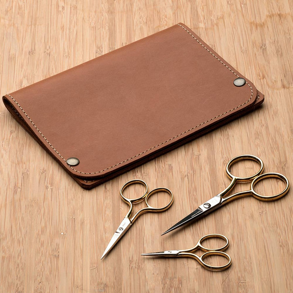 Classic Embroidery Scissors with Leather Case