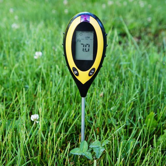 4-in-1 Soil Tester